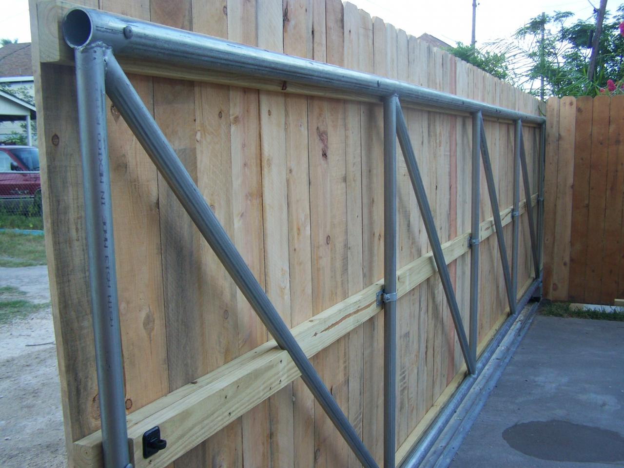 Sliding Fence Gate Diy Diy Projects